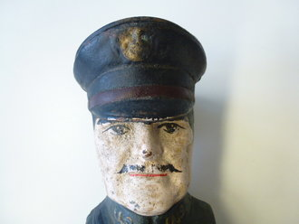 US WWI, General Pershing money box, Original paint, 19cm high