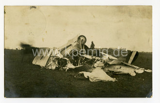 foto abgest rztes feindliches flugzeug datiert 1916 ma e. Black Bedroom Furniture Sets. Home Design Ideas