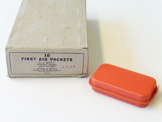 U.S. Army WWII, first aid packet, carlisle bandage, first model ( red ), 1 piece from original box