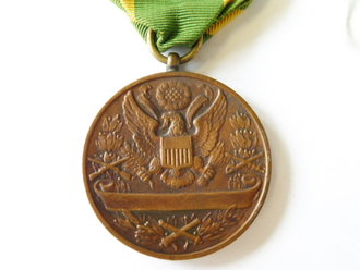 U.S. Army  before WWI, medal  For service in the spanish war, OLDER REPRODUCTION